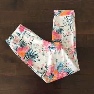Pants - White Floral Print Ankle length Pants Tapered Leg